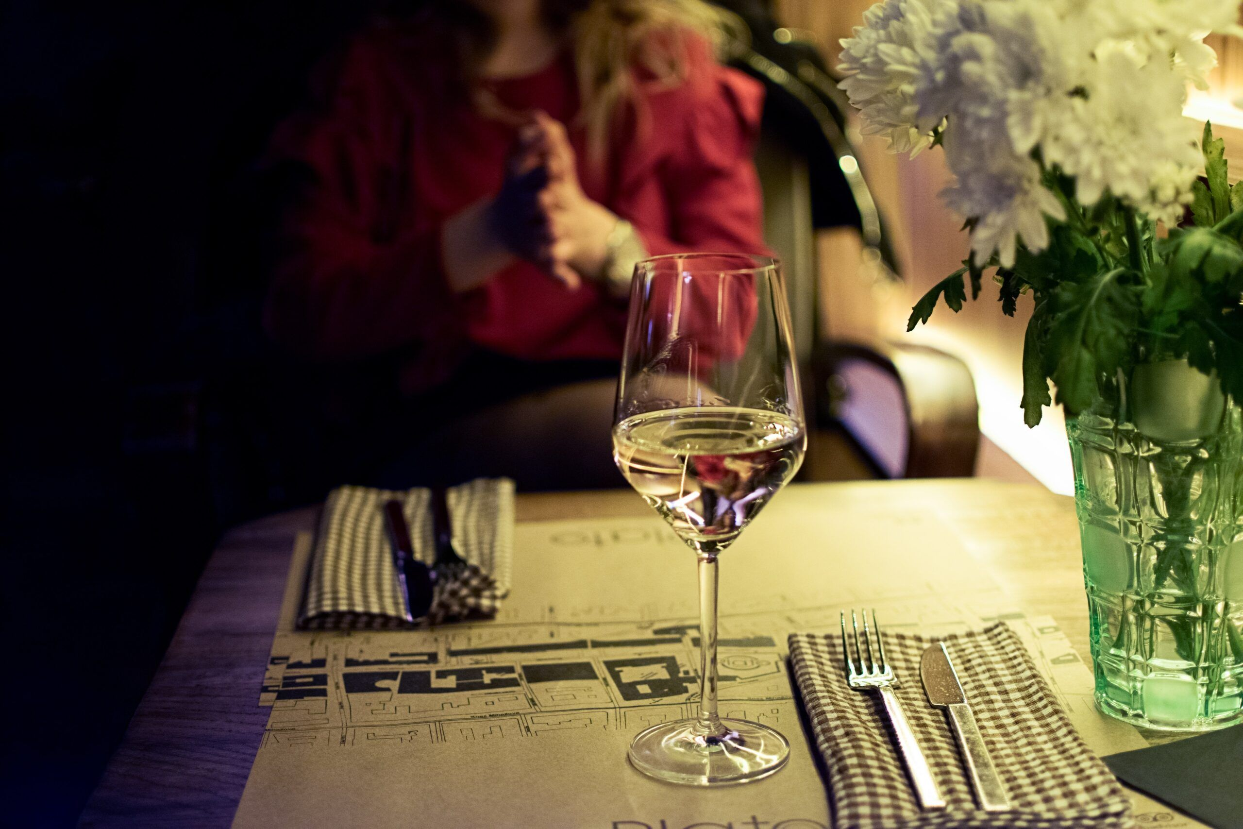 Vino blanco maridaje cena