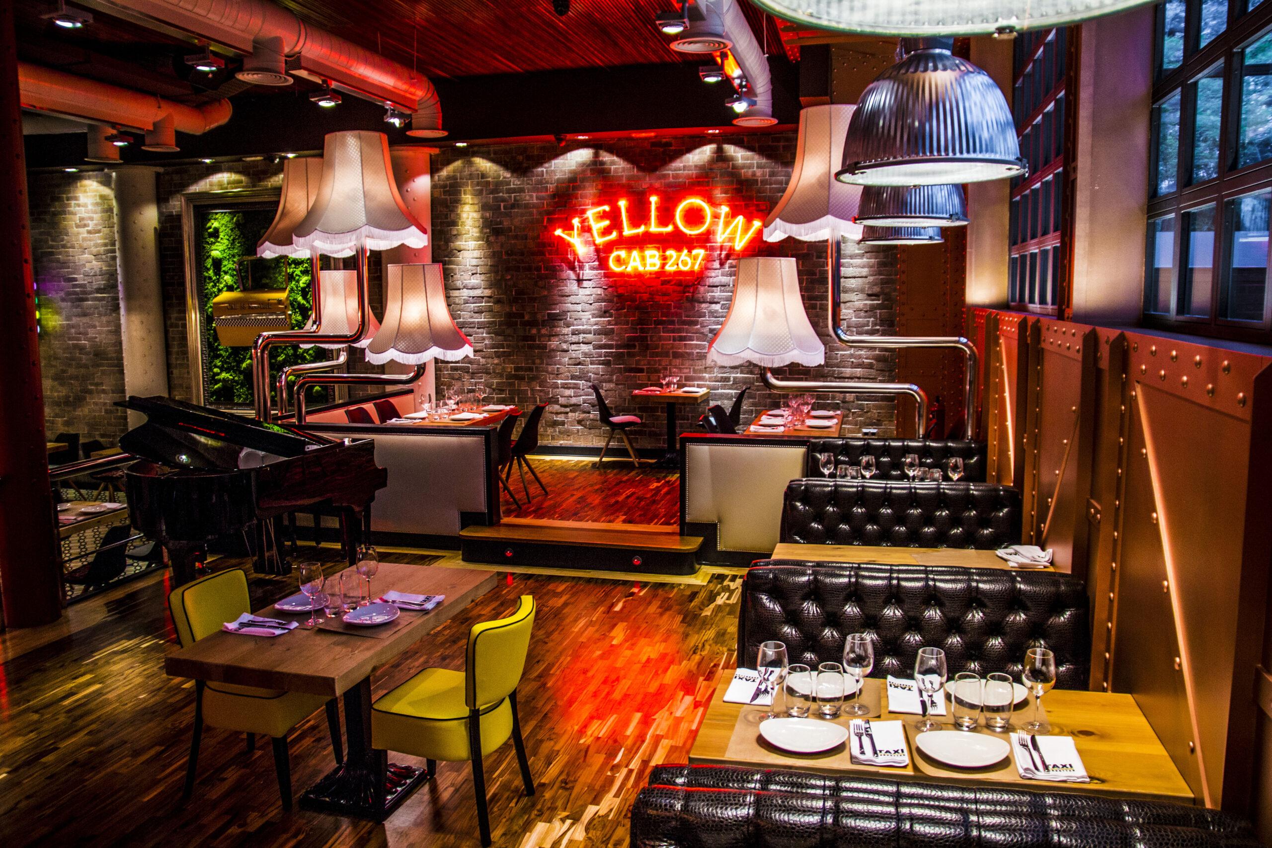 Taxi a Manhattan restaurante Madrid