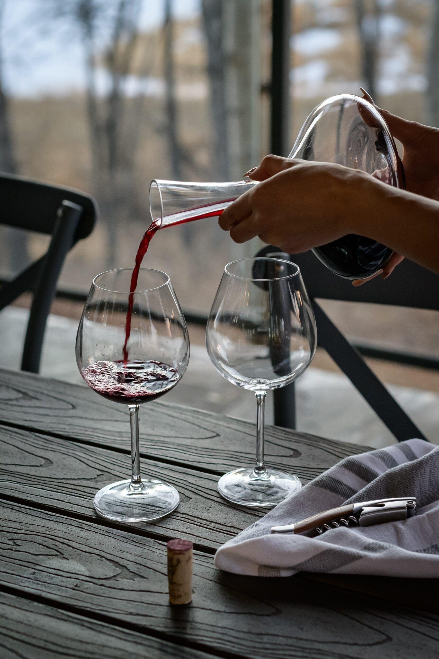 cómo decantar vino fácil