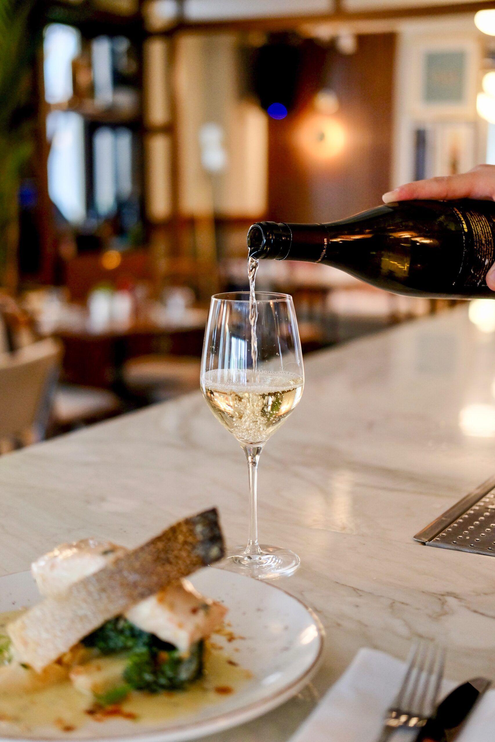 Probar el vino en restaurantes